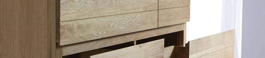 Klasszikus tömörfa bútor alapanyag: a tölgyfa